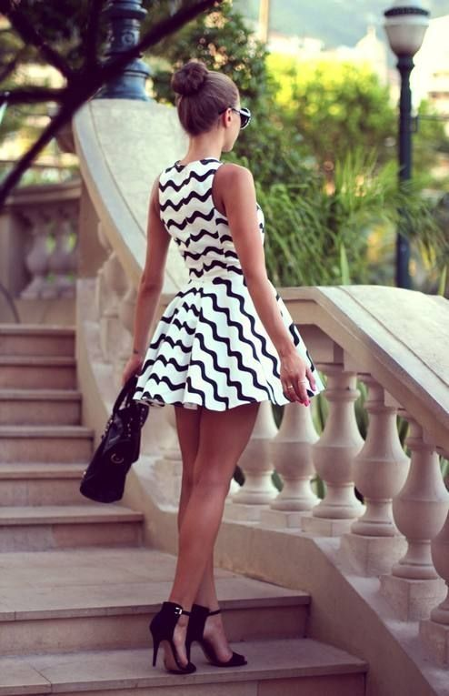 Black and white zig zag patterned dress