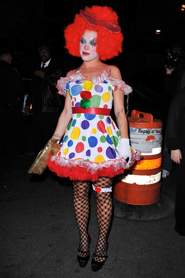 Celebrity halloween costume 10