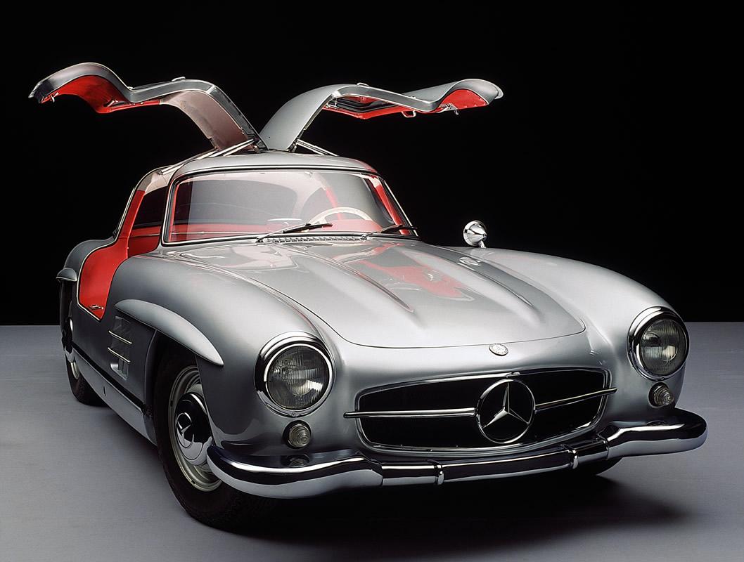 03. Mercedes-Benz 300 SL Gullwing