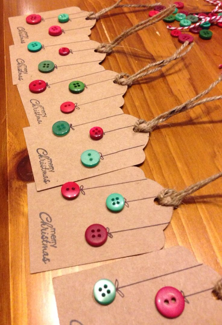 Christmas Gift Tags. Button Baubles.
