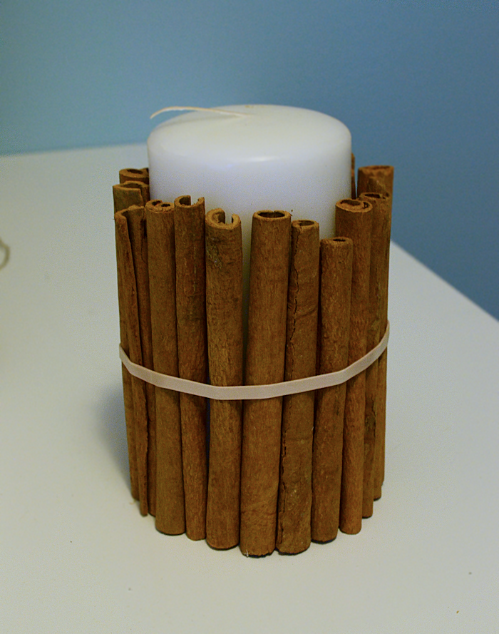 DIY Cinnamon Scented Candle