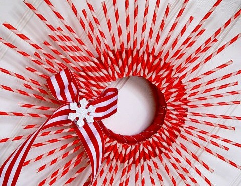 Striped Paper Straw Wreath Tutorial