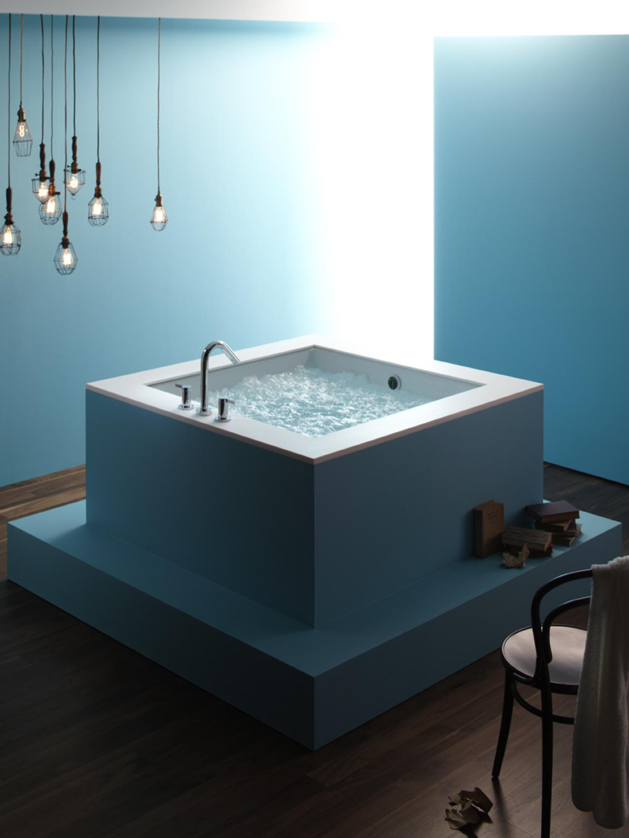RX-Press-Kits_cube-tub-bath_s3x4.jpg.rend.hgtvcom.1280.1707