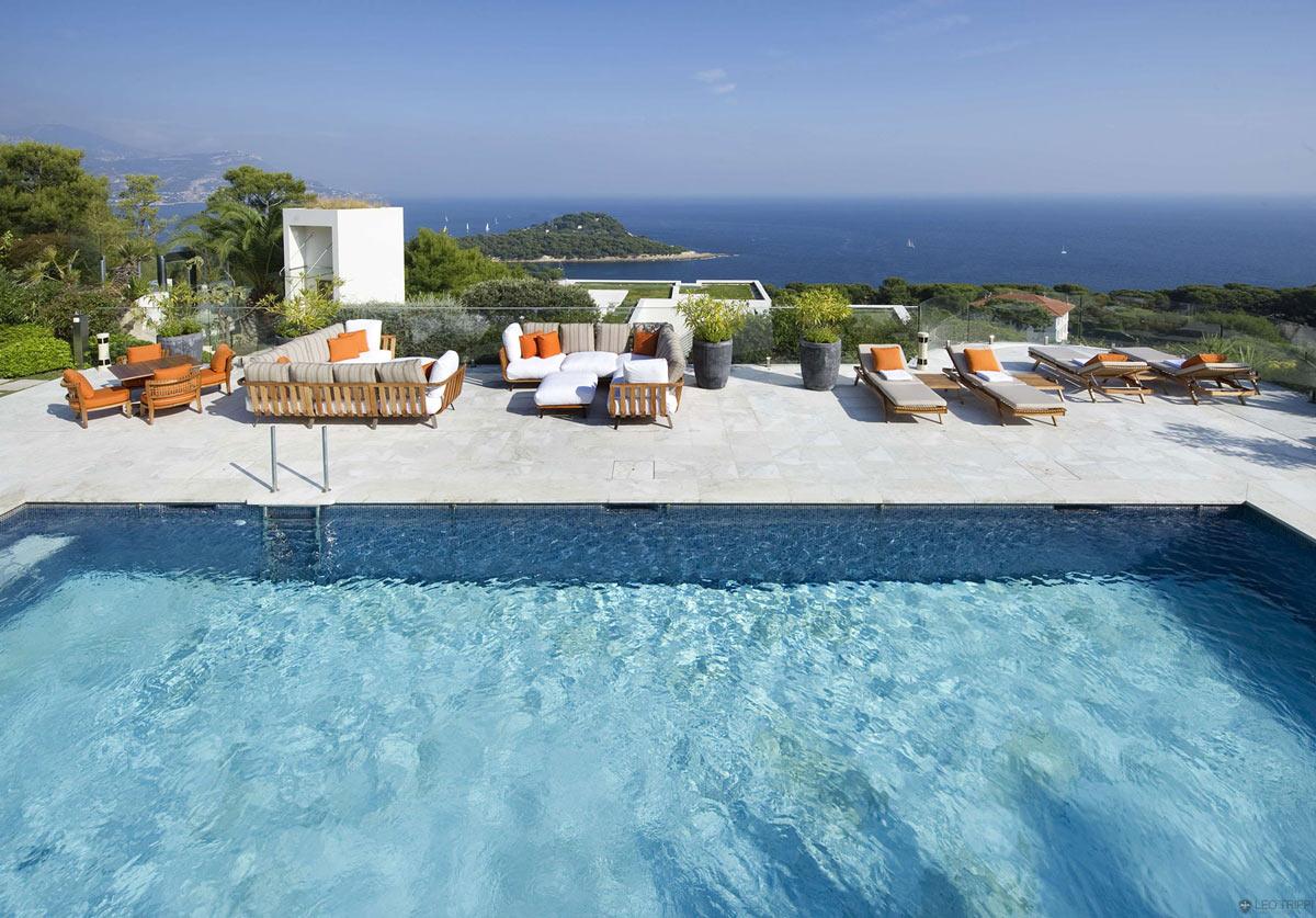 Cap-Ferrat-Villa-Pool-Terrace-Stunning-Views