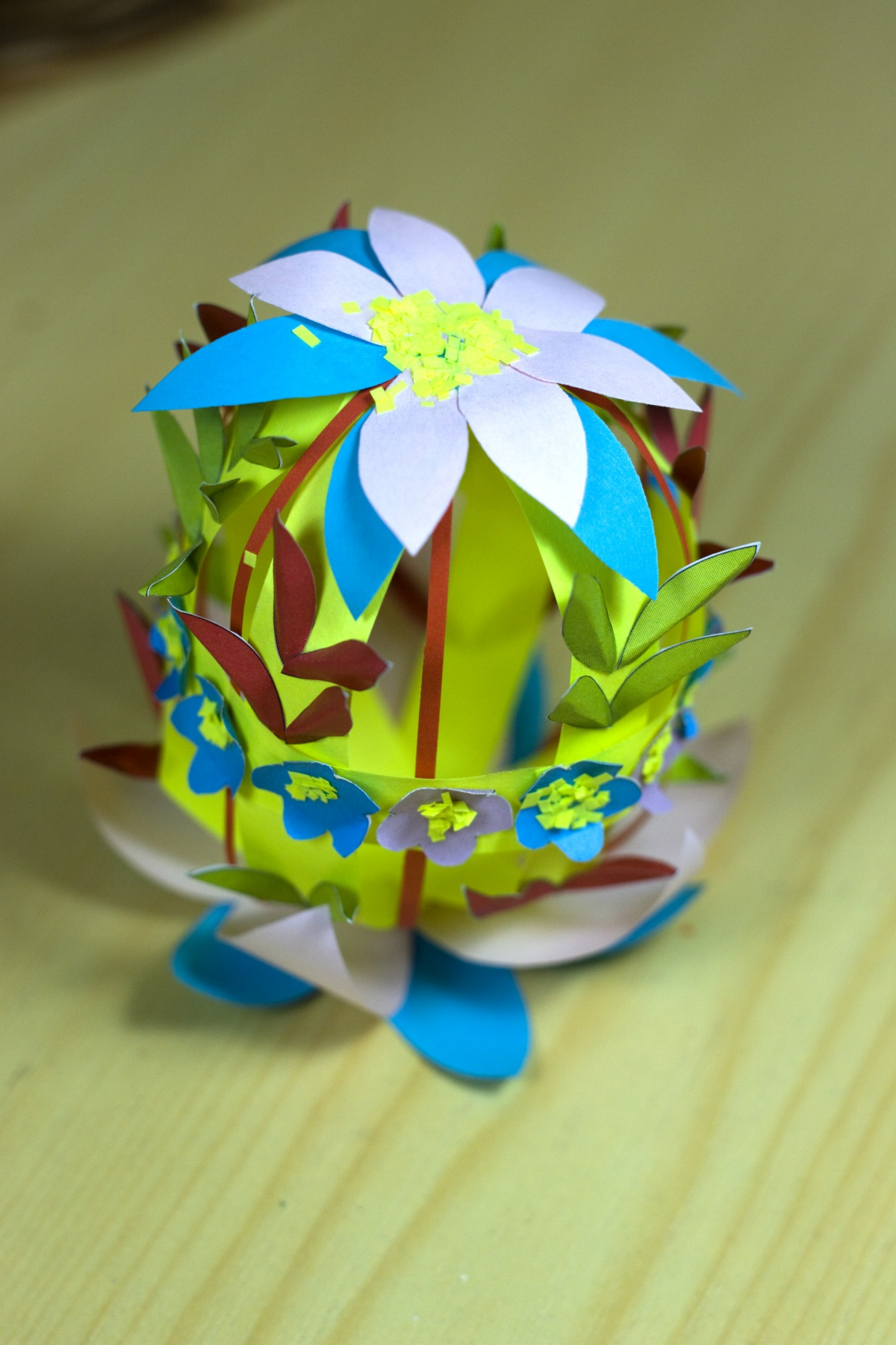 Easter crafts from paper