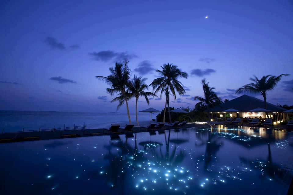 Maldives-At-Night-Full-moon-night-on-the-small-island-Huvafen-Fushi
