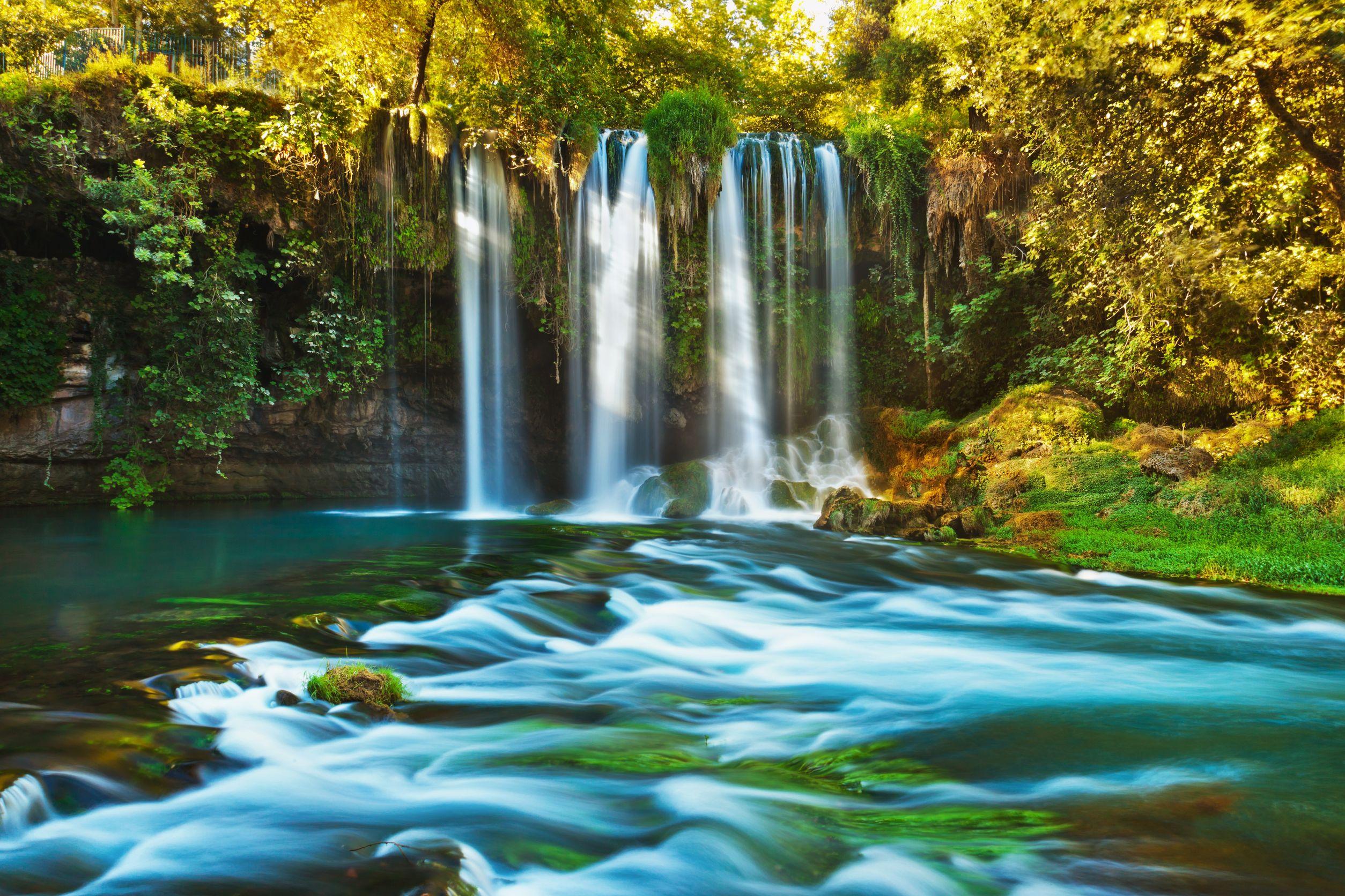 Waterfall-Duden-at-Antalya-Turkey