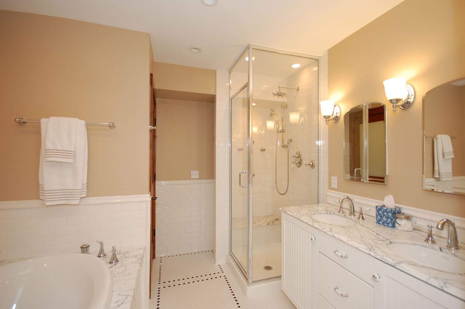 contemporary-ideas-for-bathroom-remodels-with-kohler-corner-bathtub-and-good-gloss-stall-white-string-marble-counter-top-luxury-ideas-for-bathroom-remodels