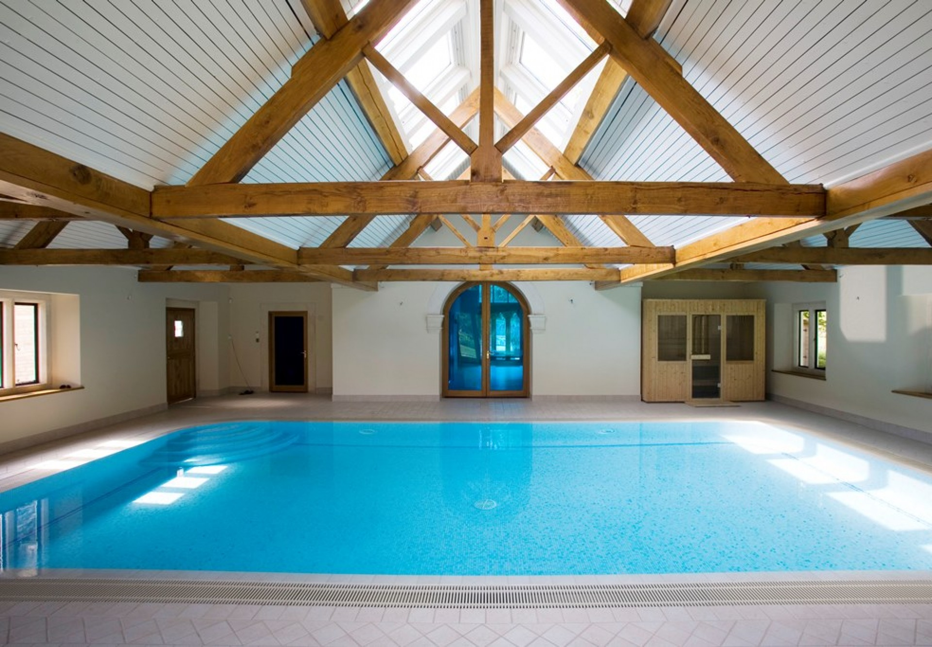 hampshire-indoor-swimming-pool