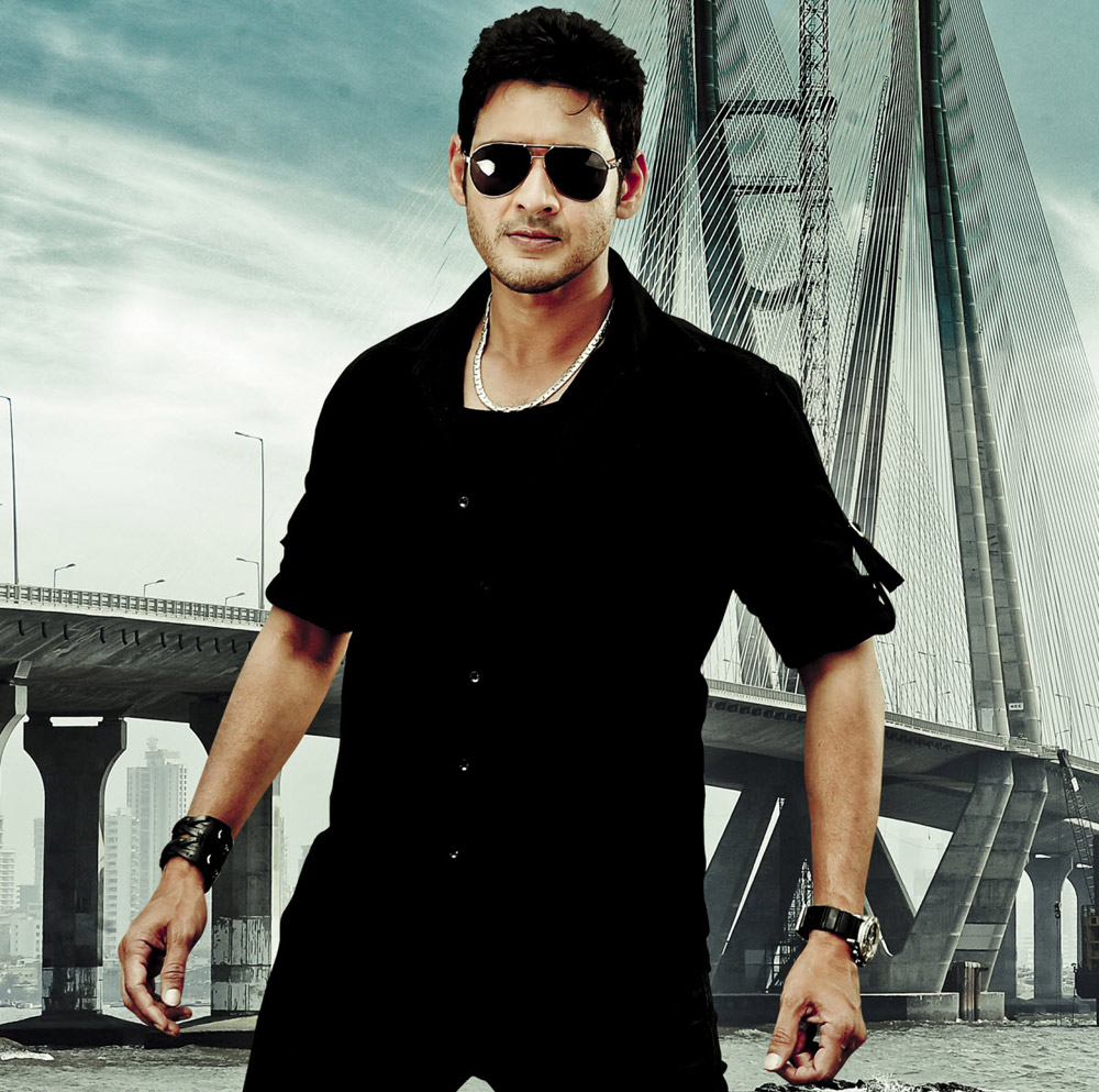 mahesh-babu-photos-in-black-shirt-9980