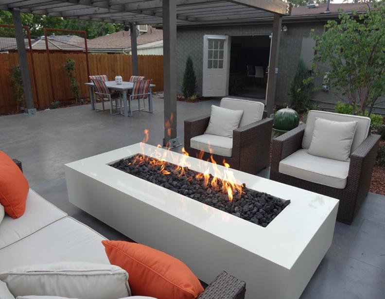 outdoor-modern-patio-Denver