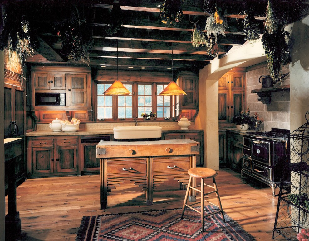 Rustic Kitchen With Vintage Interior Design Style