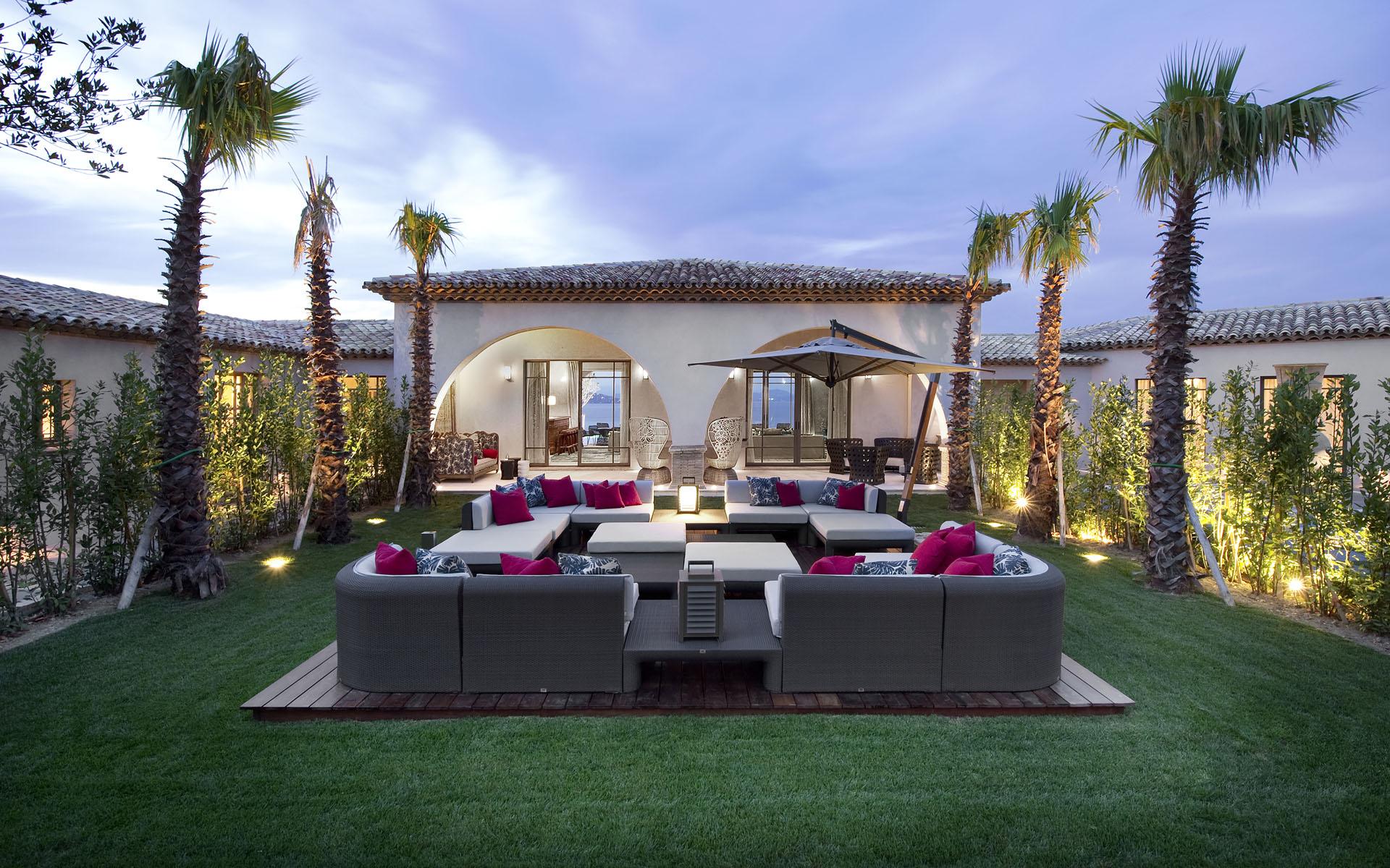 35 Modern Villa Design That Will Amaze You - The WoW Style on Luxury Backyard Design id=85334