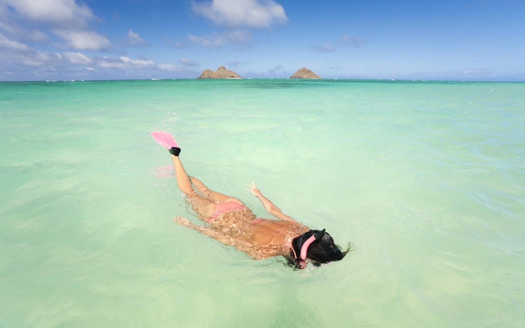 127071696-1680x1050beautiful beach
