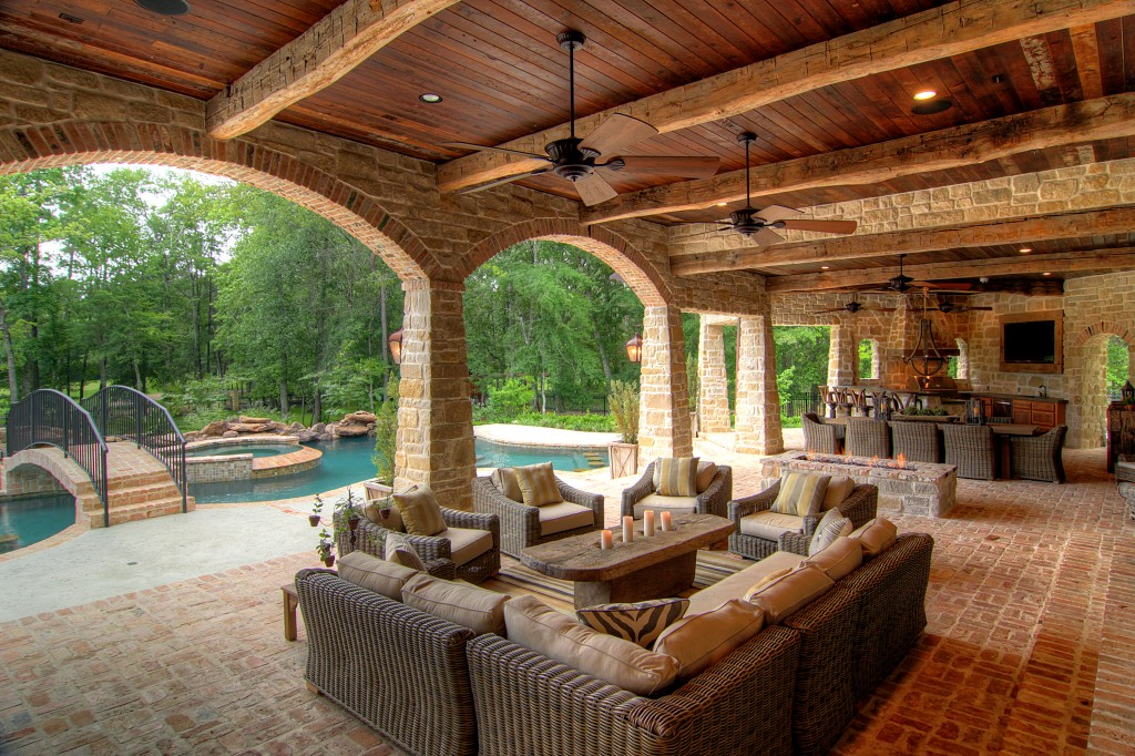 30 Rustic Outdoor Design For Your Home - The WoW Style on Garden Houses Outdoor Living id=83607