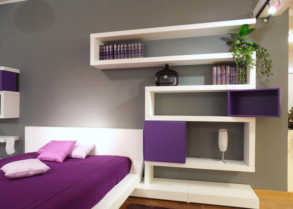 contemporary-bedroom-design-with-original-wall-shelves-foto