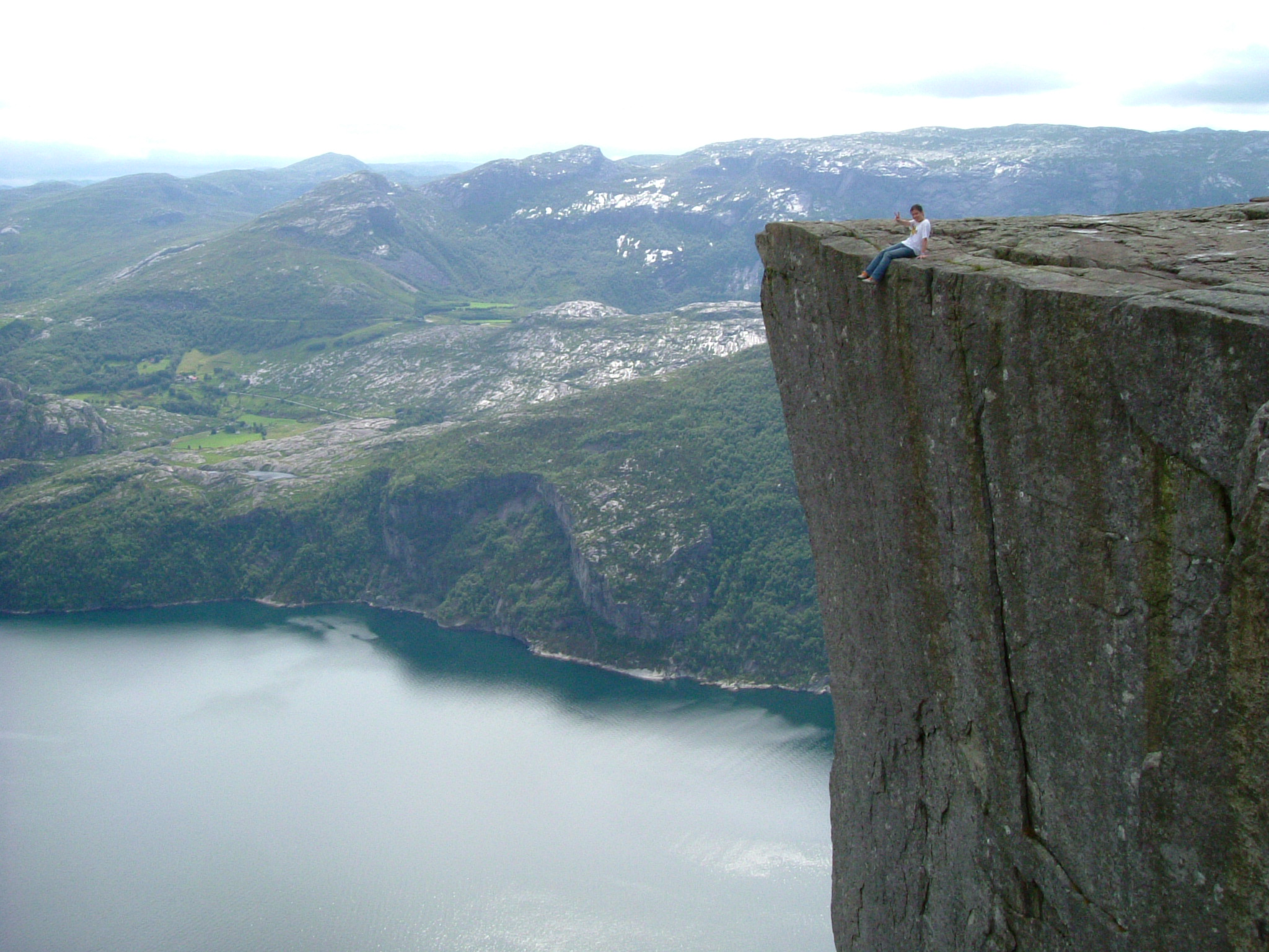 norway-preikestolen