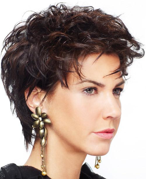 Trendy-Short-Hairstyles-for-Women-Wallpaper