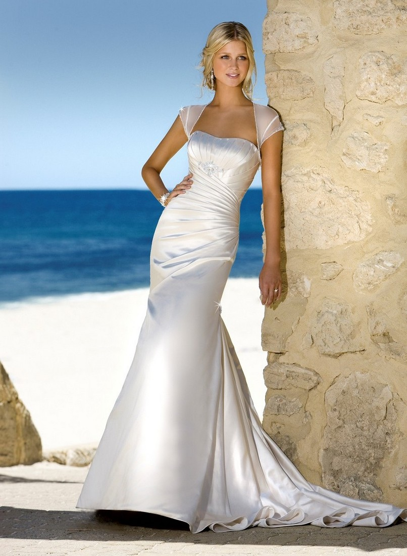 25 beautiful beach wedding dresses for Wedding dresses casual beach