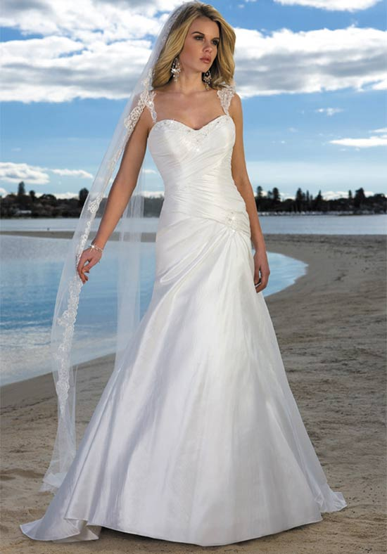 25 beautiful beach wedding dresses for Beach dress for wedding guest