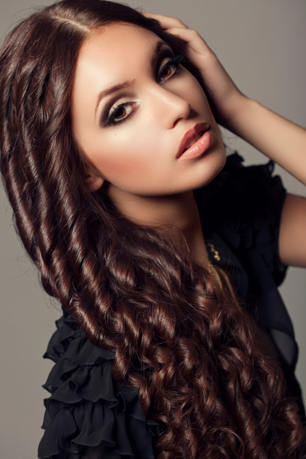 30 Best Curly Hairstyles For Women – The WoW Style