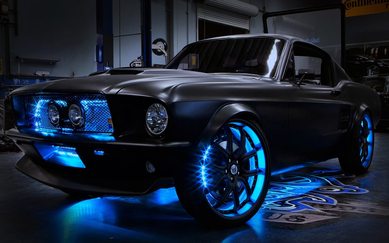 Flat_Black_Ford_Mustang_Best_Sports_Car