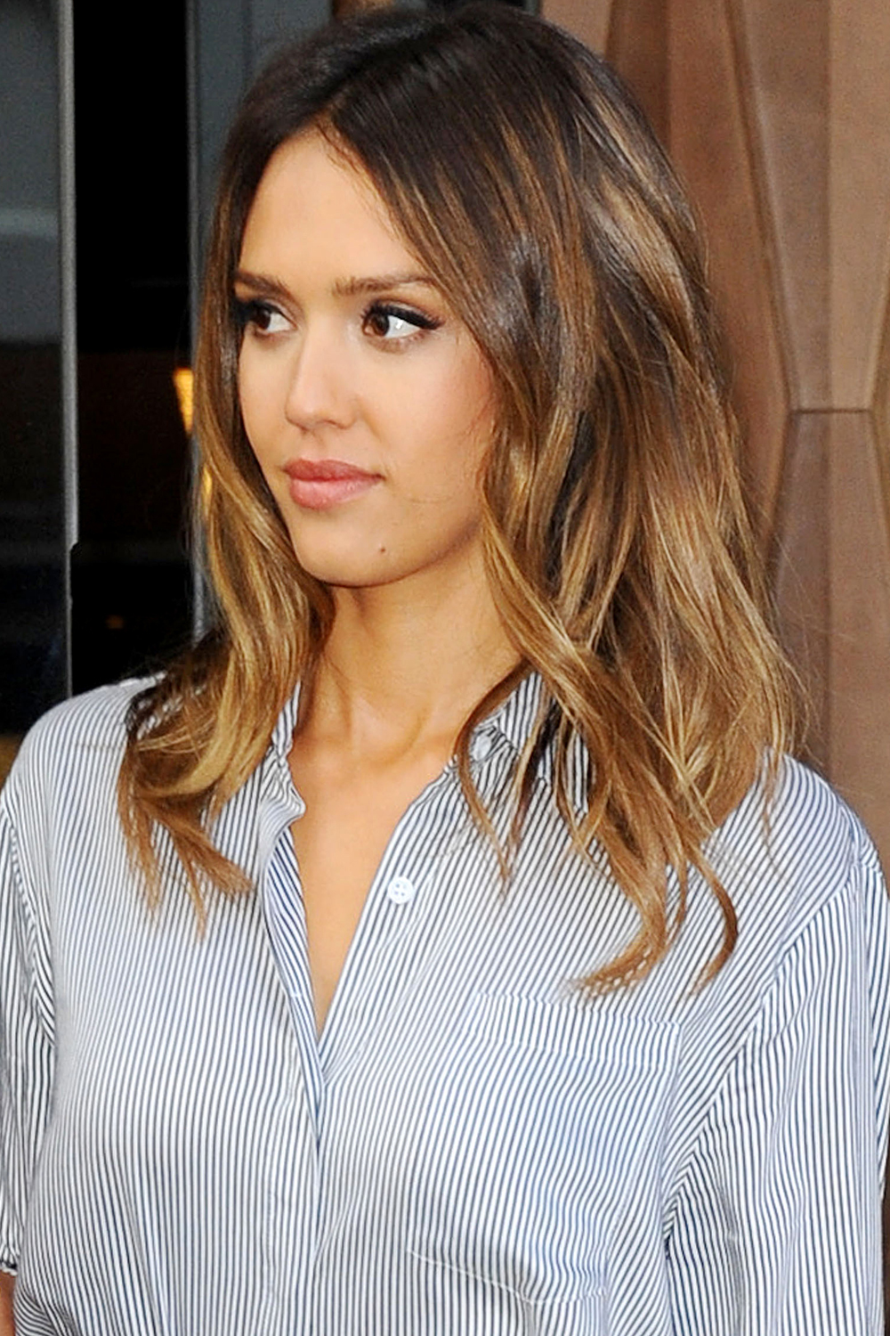 Jessica-Alba-NY medium length haircuts