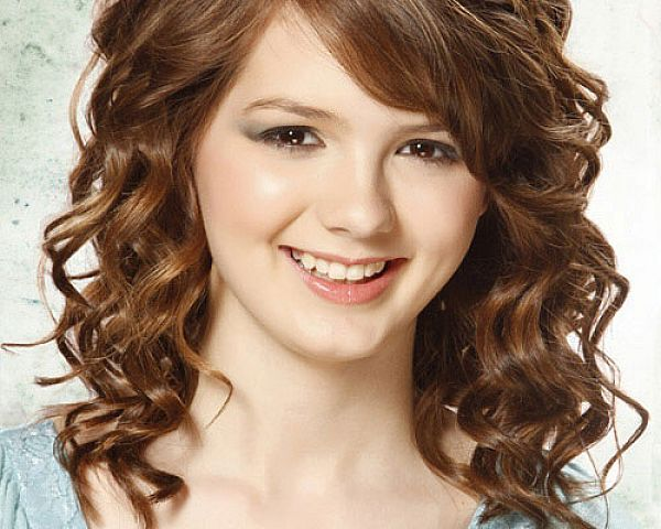 Beautifull-Stylish-Long-Curly-Hair-Hairstyle-Collection-2015-for-Women-2
