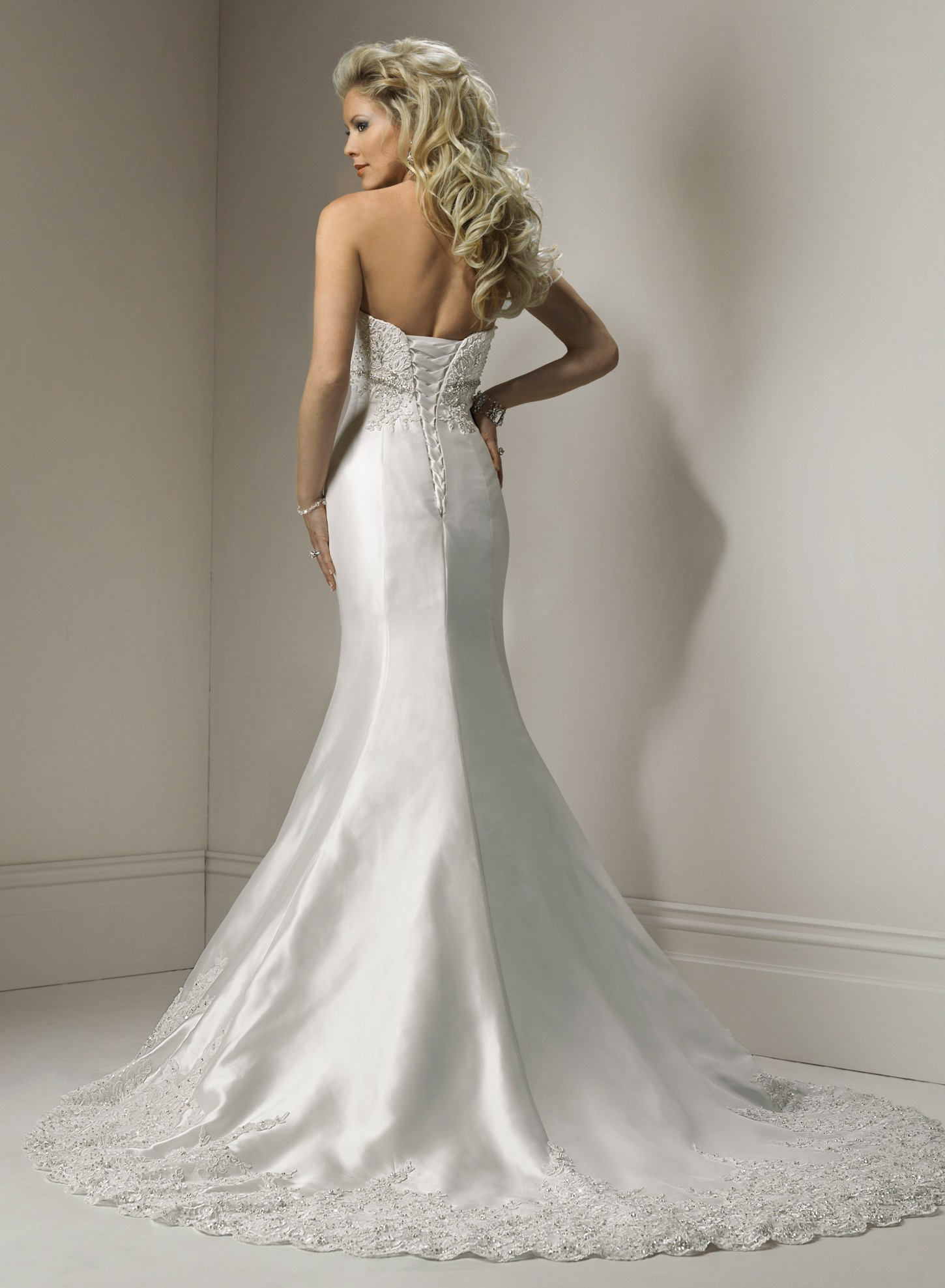 Trendy Mermaid Wedding Dress Photograph Up-to-date Variety