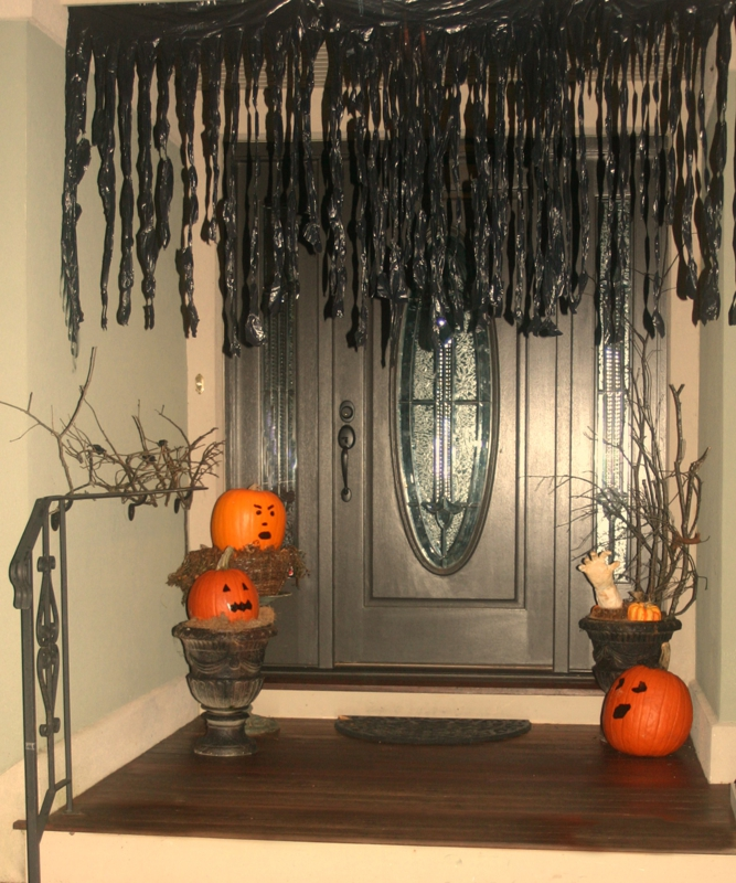 Easy and creative halloween decoration ideas for Decoration halloween