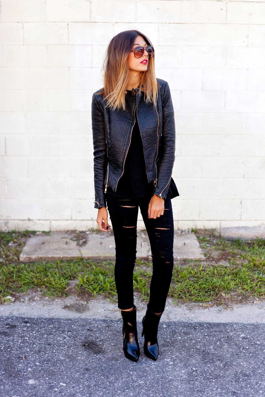 Black Jeans Outfits Ideas