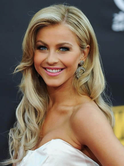 Cute and Charming Formal Hairstyles For Girls - The WoW Style