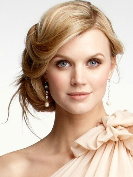 semi-formal-hairstyles-for-straight-hair