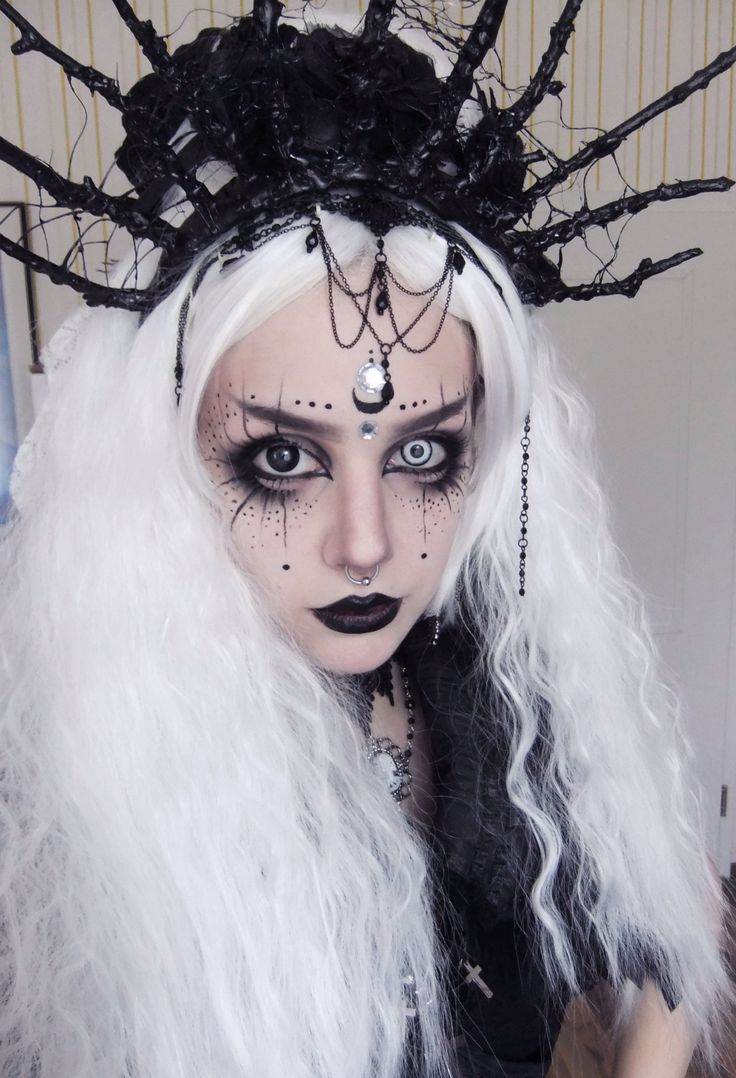 Amazing And Beautiful Halloween Angel Makeup Ideas