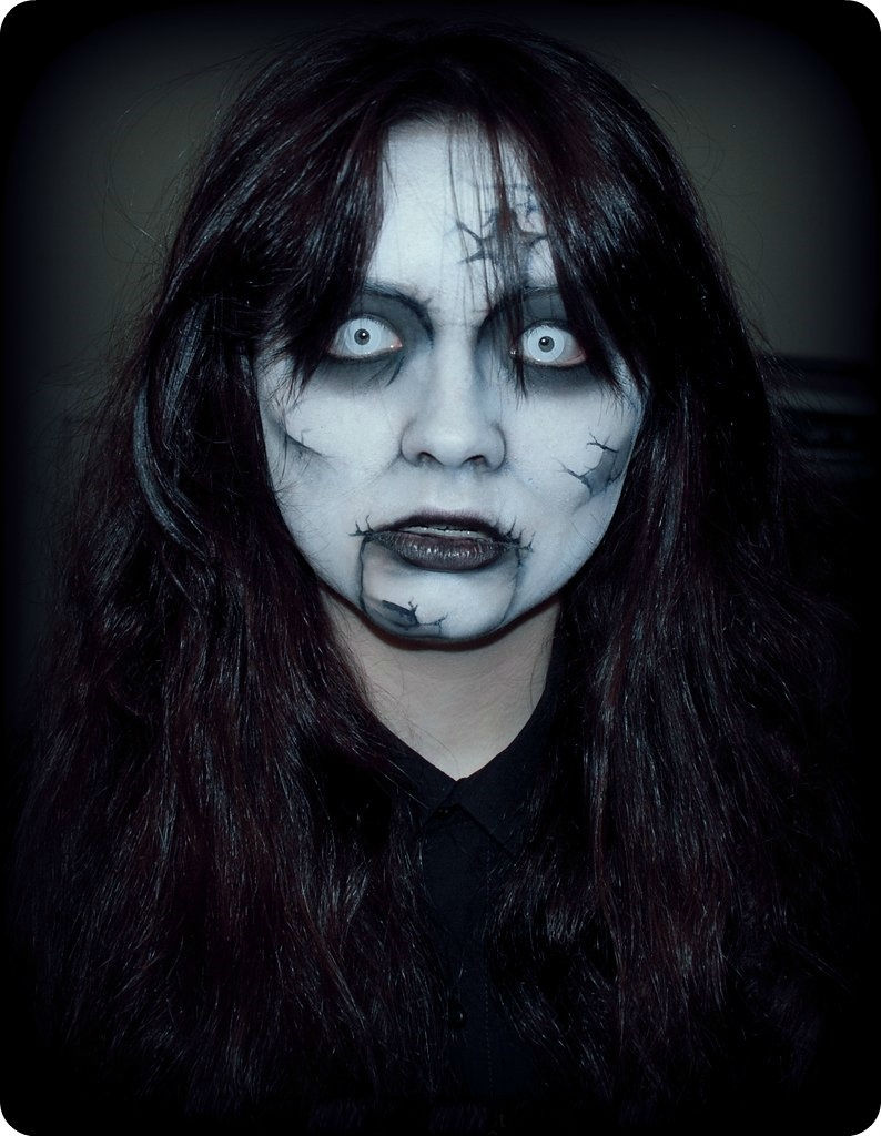 Twisted Ghost Halloween Makeup