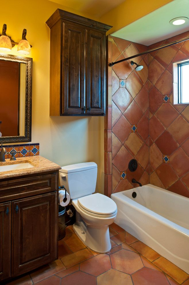 Cool-Southwestern-Bathroom-Design