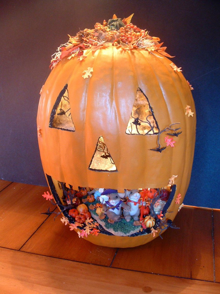 Creative-halloween-pumpkin-carving-ideas