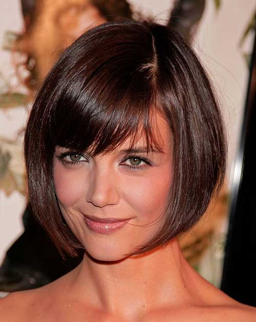 Sexy bangs for round face