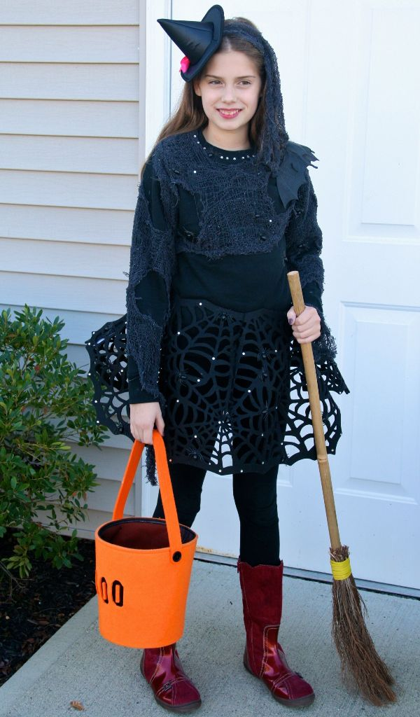 DIY-Trendy-Witch-Halloween-Costumes-For-Teens