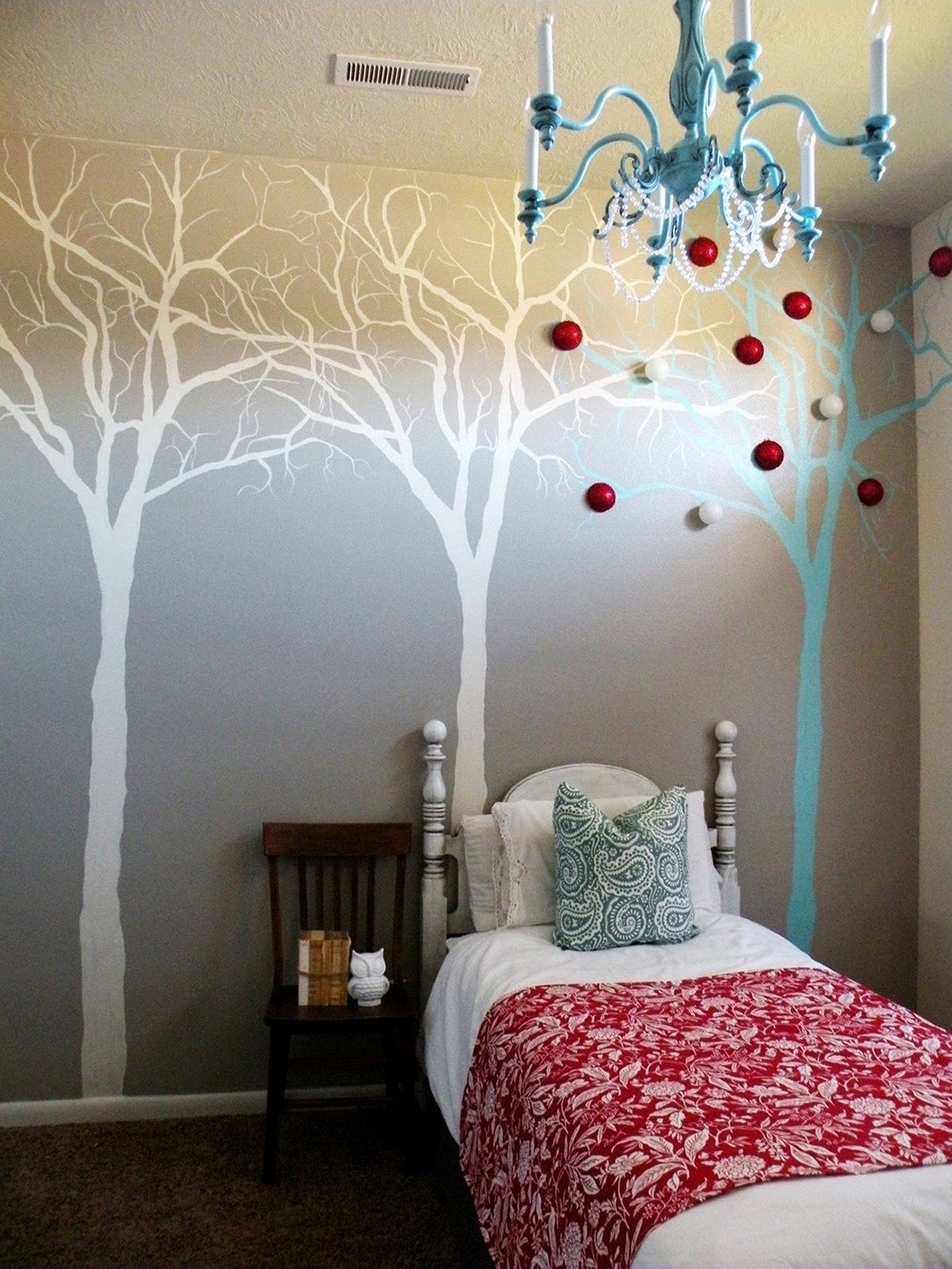 DIY-Wall-Mural-Painting-of-a-Tree