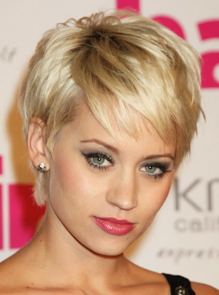 Double Chin Short Hairstyles For Round Faces