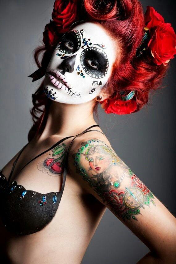bad-girl-Catrina-Halloween-Makeup