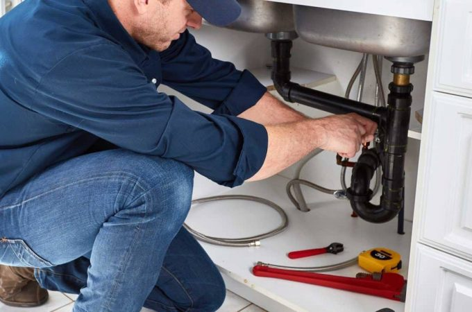 Using a Licensed Plumber Contractor for Any Home PlumbingProjects