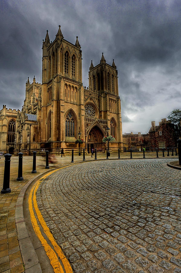 Church of England cathedral in the city of Bristol, England