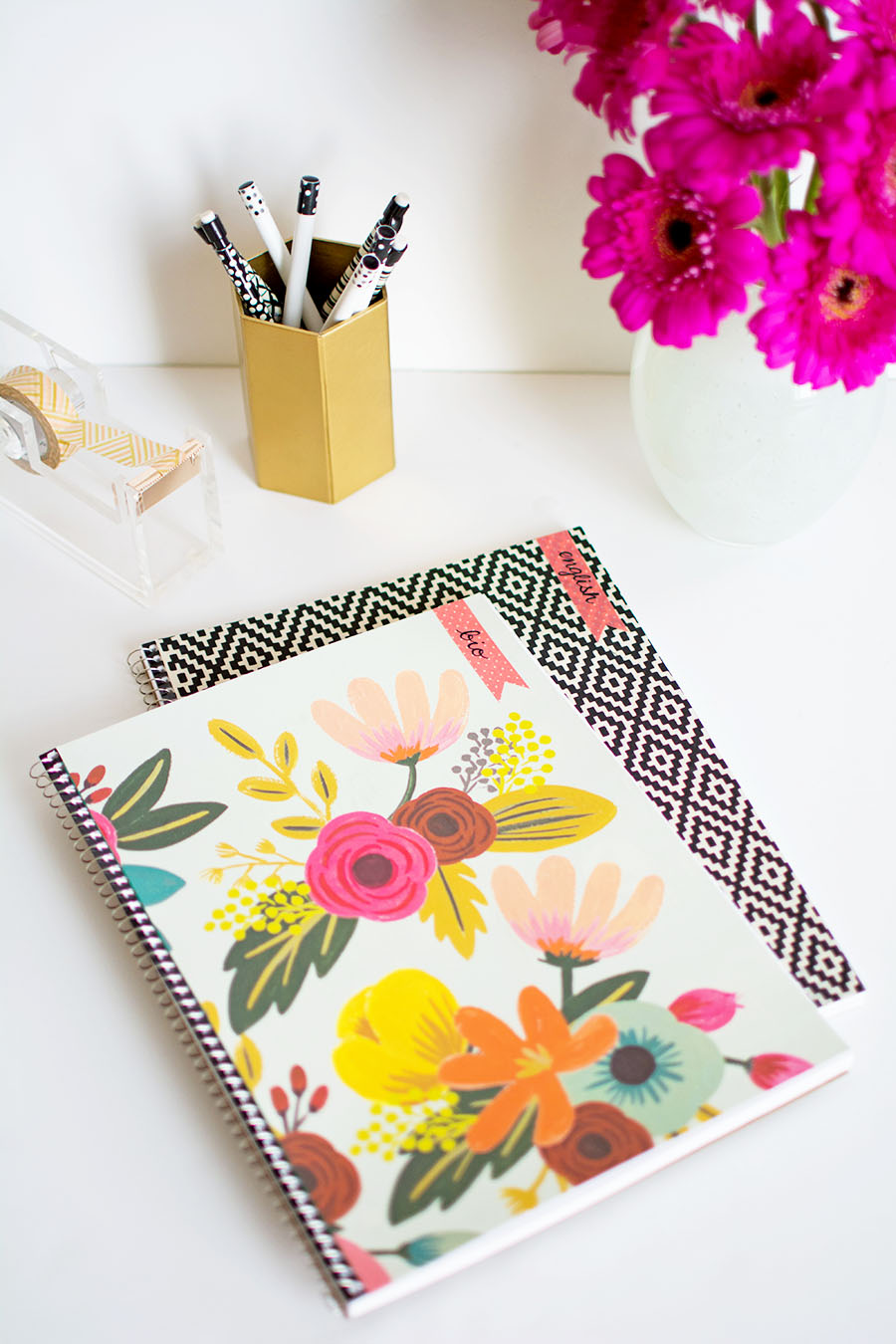 DIY Customizable Notebooks for Back to School