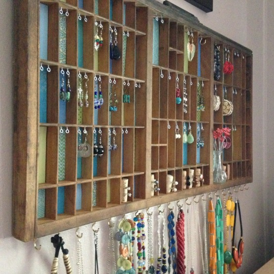 DIY Printers Tray Jewelry Display