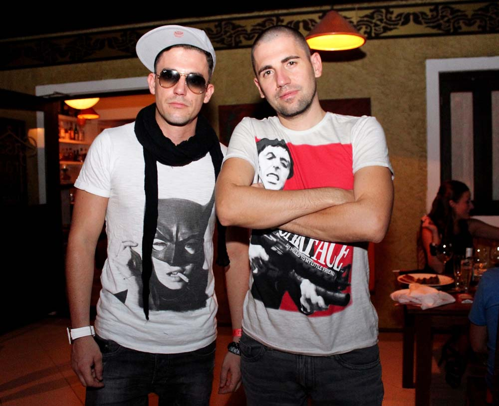 Dimitri Vegas e Like Mike_2400x1953_1290x1050