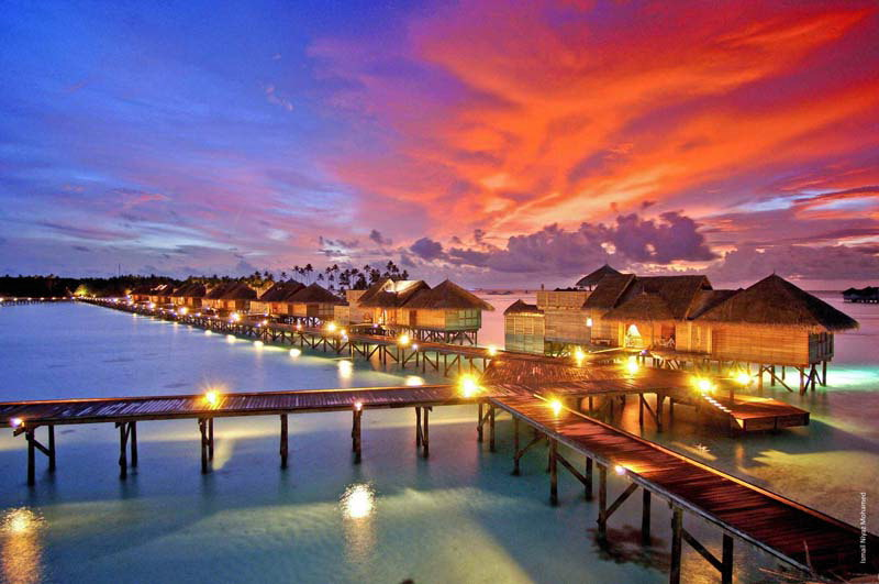 maldives-at-night