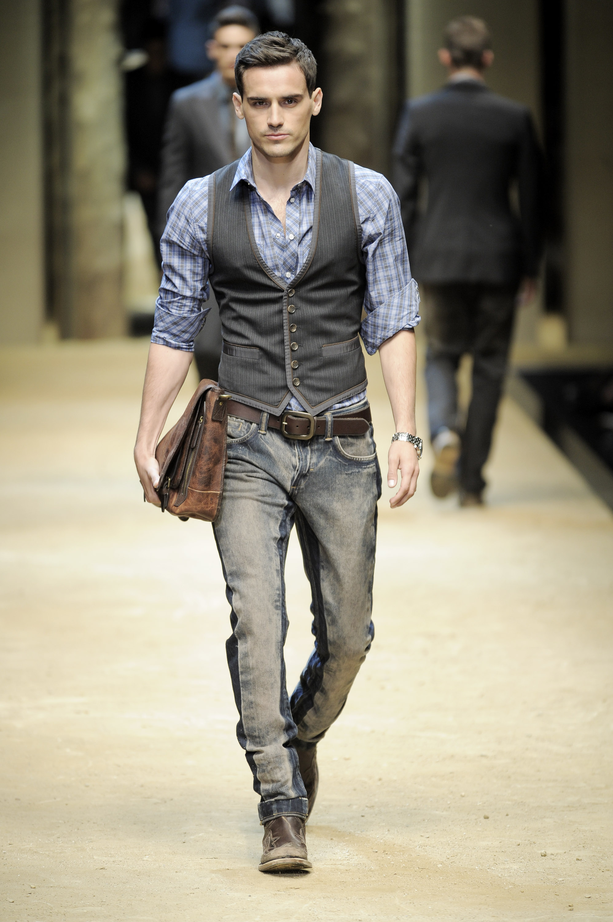 D&G - Milan Fashion Week Menswear S/S 2010