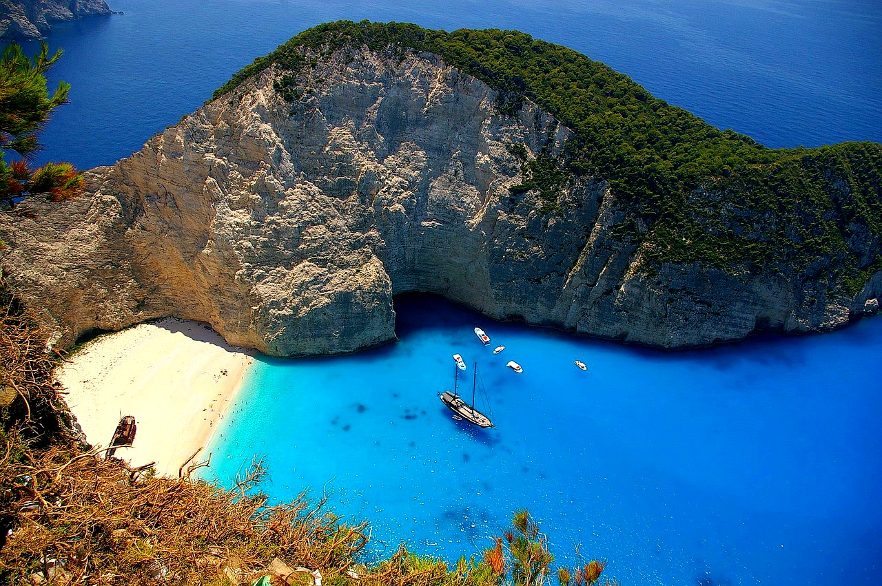 navagio-greece